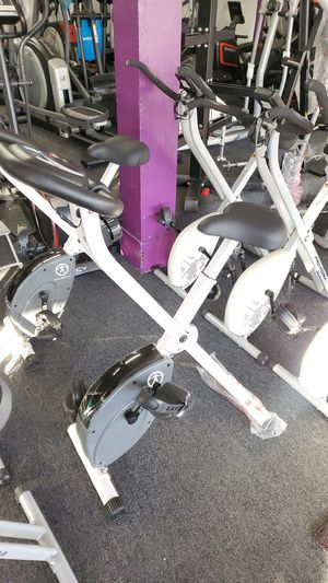 Exercise bike for Sale in Bell Gardens, CA