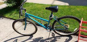 Girls mtn bike for Sale in Appleton, WI