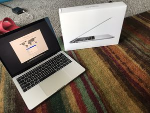2017 13inch MacBook Pro for Sale in Florissant, MO