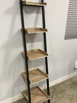 5 Tier Leaning Ladder Shelf for Sale in Tacoma,  WA