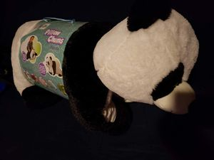 "Kelly Toy 30"" Bee Happy Collection, Pillow Chum Panda for Sale in Tamarac, FL"