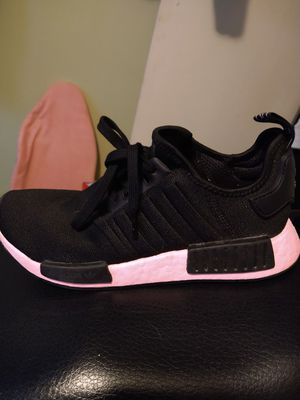 Adidas women's size 8 for Sale in Columbia, SC