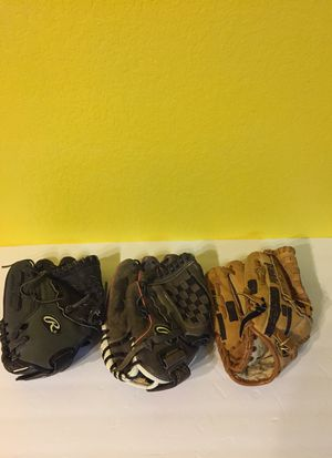 Youth LHT Baseball Gloves $15 Ea. for Sale in Austin, TX