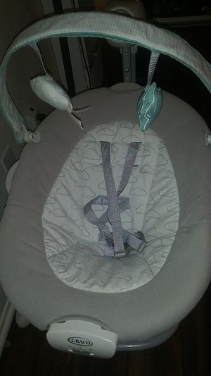 Graco bouncer for Sale in Signal Hill, CA