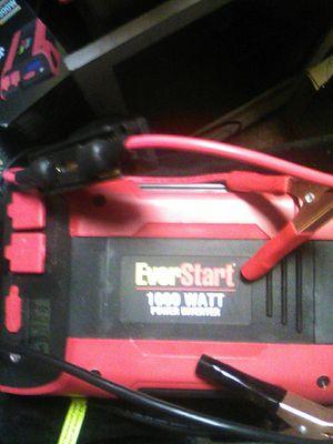 EVERSTART INVERTER model PC1000E for Sale in Tulsa, OK