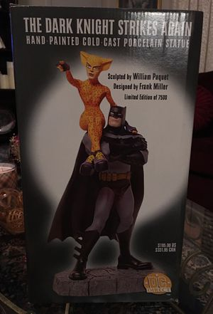 Bat man dark knight strikes again statue for Sale in Winston-Salem, NC