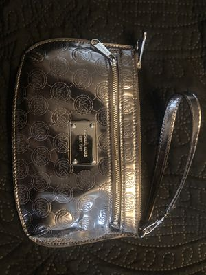 MK Wristlet (Like New) for Sale in Chula Vista, CA