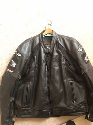 Honda leather motorcycle jacket for Sale in WARRENSVL HTS, OH
