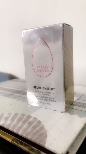 Beauty Blender-Selfie Shield-Dry Oil Primer for Sale in Torrance, CA