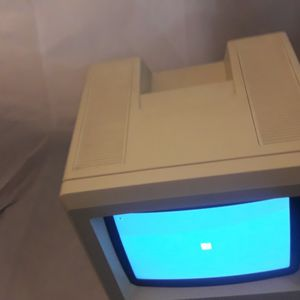 1980'S APPLE MACINTOSH SE #M5011, WORKING, KEYBOARD, MOUSE, FISCAL YEAR 1989 MICROSOFT TAG ON BACK, 1 OF A KIND for Sale in Everett, WA