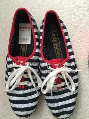 Girls shoes - sizes 8.5-9 for Sale in Lancaster, NY