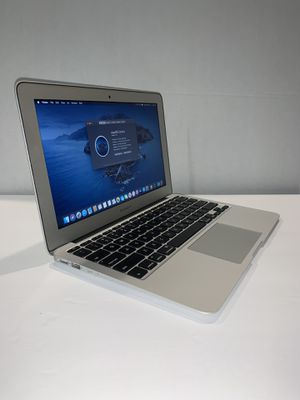 Apple MacBook Air laptop year 2012 | 11.6 in | i5 | 128SSD | 8GB | macOSX Catalina 10.15 | New Battery + Charger + Open Office for Sale in Doral, FL