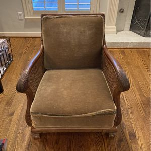 FREE Antique Chair. Needs Recovering. for Sale in Dallas, TX
