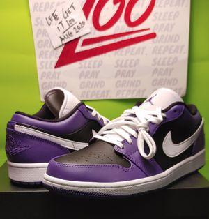 Jordan 1 low court purple sz 9M for Sale in Queens, NY