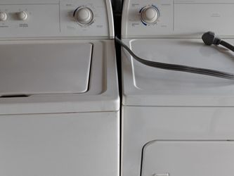 Whirlpool Set Washer &dryer for Sale in Naples,  FL