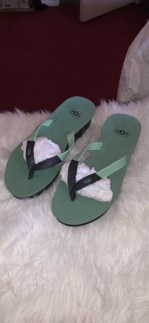 UGG sandals for Sale in Moreno Valley, CA