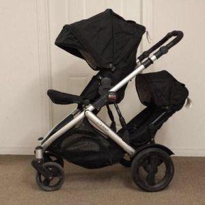 Britax b ready double stroller for Sale in Fairfax, VA