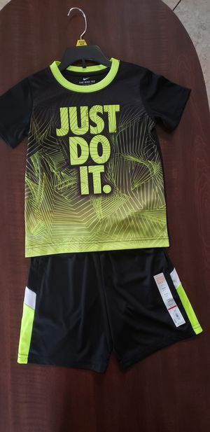Boy's short, and NIKE Tee set size 5 for Sale in Fontana, CA
