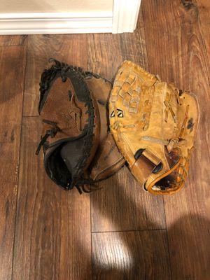 Baseball mits for Sale in Tacoma, WA