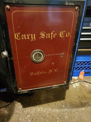 Old safe for Sale in Cassville, WI