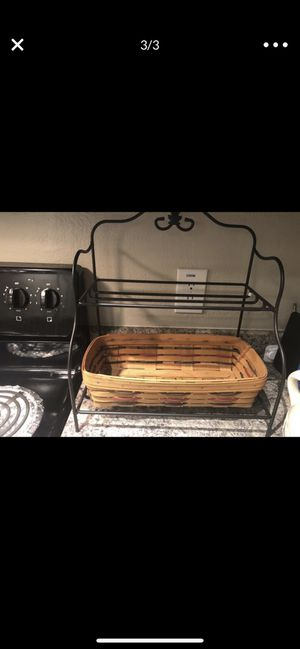 LONGABERGER SMALL COUNTER TOP BAKERS RACK W/ BREAD BASKET for Sale in Gilbert, AZ