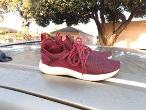 Pumas size 6.5 women's for Sale in Inglewood, CA