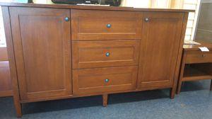 Dresser vanity $120 for Sale in Fresno, CA