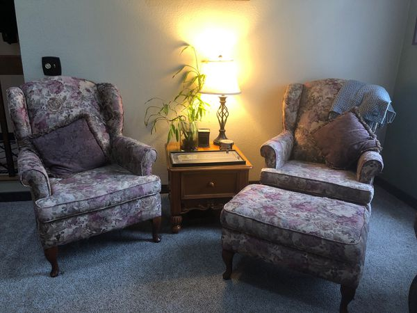 Wing Back Chairs For Sale In Gold Bar Wa Offerup