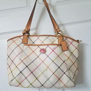 Coach handbag for Sale in Dublin, GA