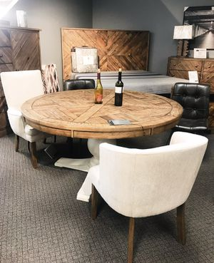 Rustic Round Dining Set (6 chairs available) for Sale in Nashville, TN