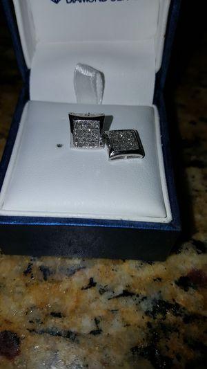 10k 1cttw white gold diamond earrings for Sale in Phoenix, AZ