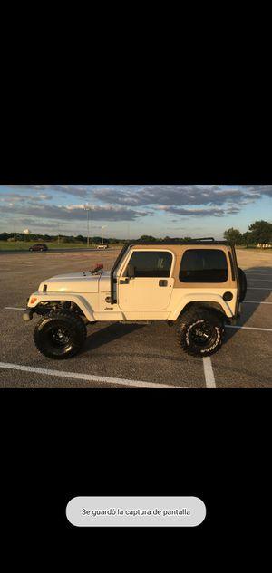 Jeep Wrangler Sahara 4l 6 cil en línea for Sale in Denton, TX