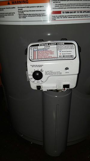 40 gal. RHEEM water heater like new open box gas. for Sale in Vernon, CA