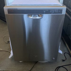 Dishwasher for Sale in Bakersfield, CA