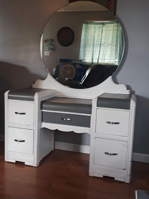 Antique waterfall vanity for Sale in Kingsport, TN