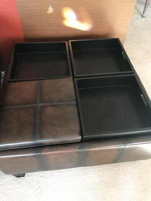 Leather coffee table and ottoman in one. Very good condition for Sale in North Royalton, OH