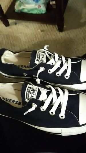 Converse size 8 for Sale in McConnelsville, OH