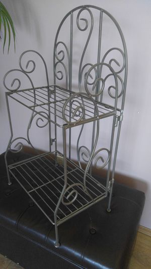 Metal shelf for Sale in Everett, WA