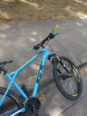 GT mountain bike for Sale in North Richland Hills, TX