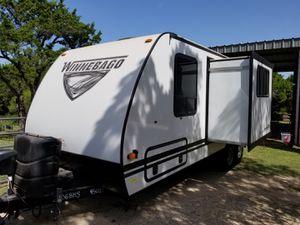 2019 Winnebago Micro Minnie 2306BHS RV Plus for Sale in VLG O THE HLS, TX