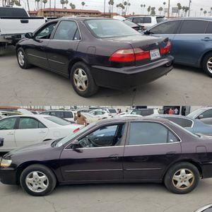 Honda accord...subasta publica for Sale in Los Angeles, CA