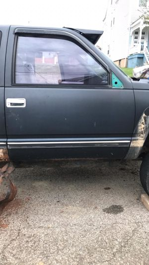 1994 Chevy Silverado extended cab for Sale in McKeesport, PA