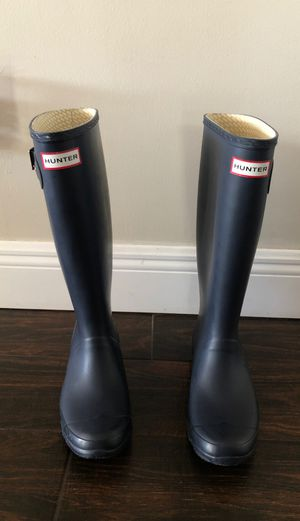 Hunter tall rain boots for Sale in Fort Lauderdale, FL