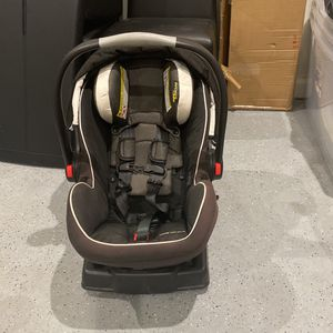 Graco Infant Car Seat $100 for Sale in Las Vegas, NV