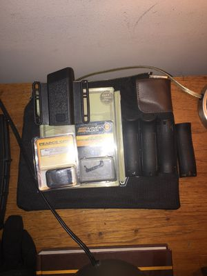 Some glock 21 mods back straps mag pouch, +2 mag ext, surespeed ext mag release for Sale in Jena, LA