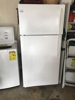 Refrigerator/ freezer for free for Sale in Princeton, NJ
