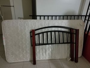Twin bed. Good condition. for Sale in Sterling, VA