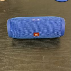 JBL Charge 3 BLUE for Sale in Tuscaloosa,  AL