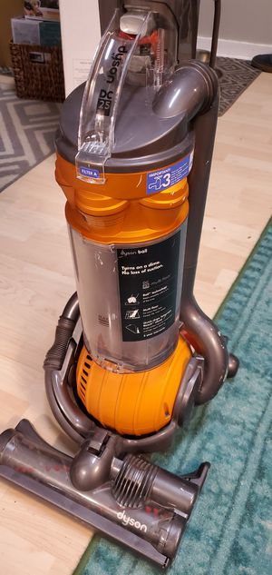 Dyson DC25 Vacuum Cleaner for Sale in Mount Pleasant, SC