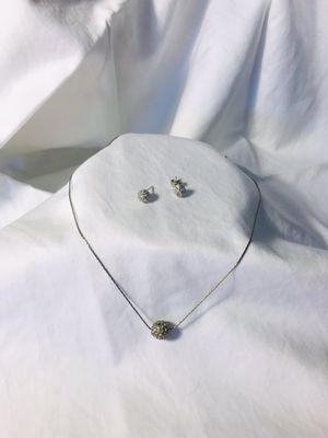 Earring and necklace set (color silver and diamond look alike stones) for Sale in Schaumburg, IL